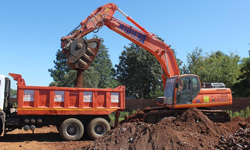 Bucket Crusher On Excavator Wins The Day For Riviera Hire