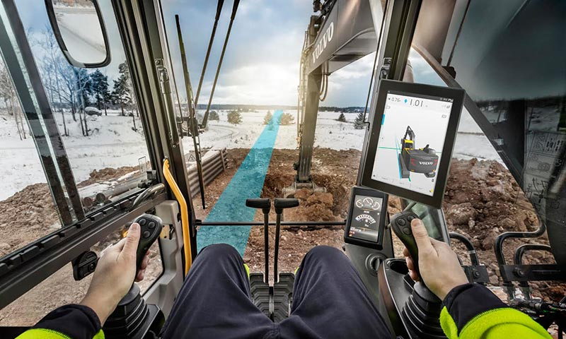 Several new launches at bauma 2016 highlighted the need for intelligent machines