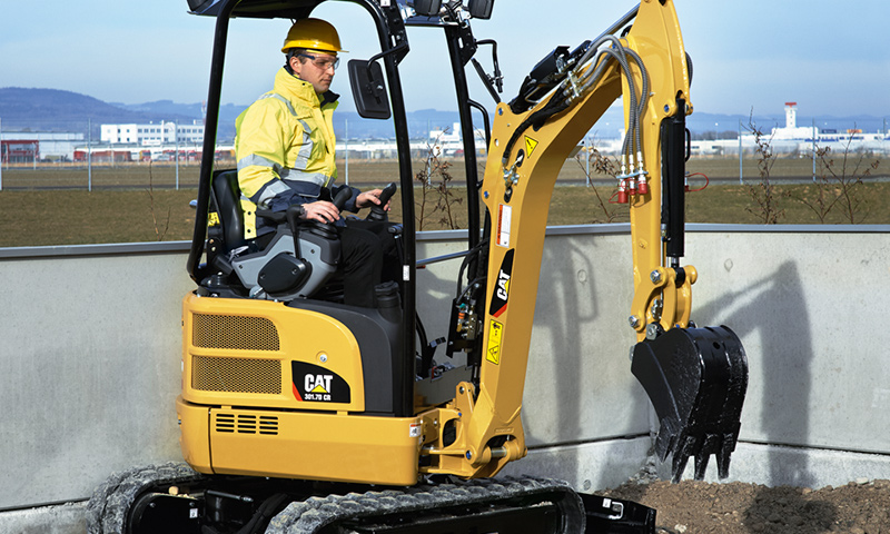 Caterpillar to make its full line of mini excavators as pact