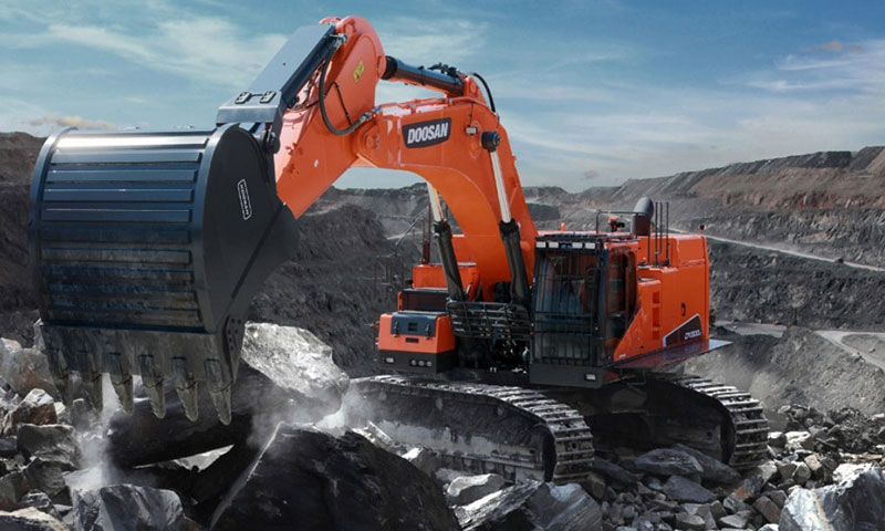 DOOSAN-DX800LC-5B-Tracked-Excavators