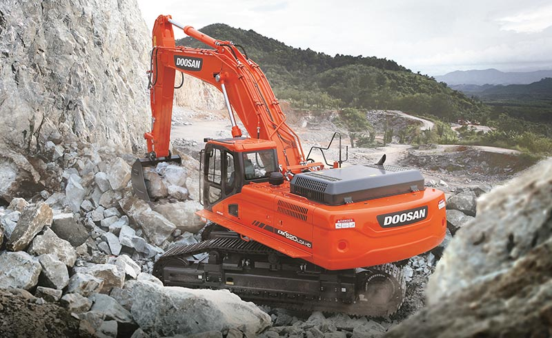 The Doosan DX520LCA is a 51t machine which comes standard with a 3,5m³ bucket