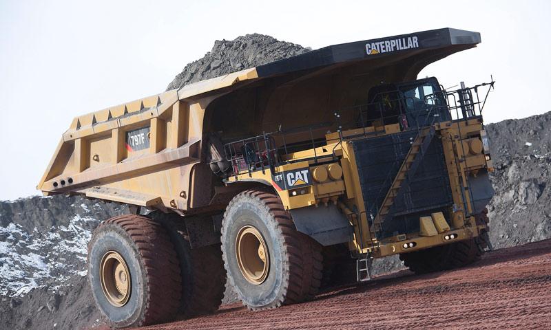 Caterpillar Produces 1000th 797 Ultra-Class Truck